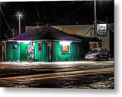 The Cedar St. Inn Metal Print by Ray Congrove