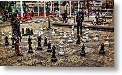 The Chess Match In Pdx Metal Print by Thom Zehrfeld