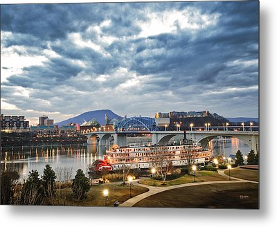 The Delta Queen And Coolidge Park At Dusk Metal Print