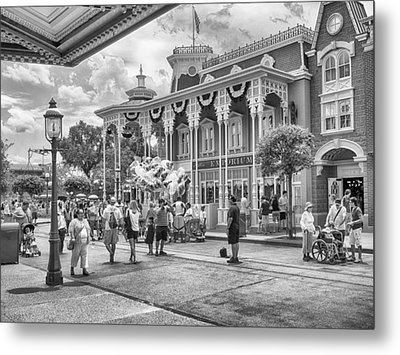 Metal Print featuring the photograph The Emporium by Howard Salmon
