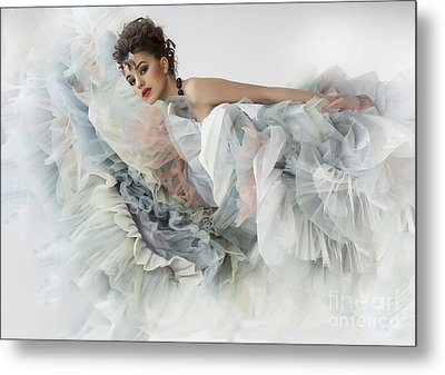 Metal Print featuring the photograph The Ese Of by Evgeniy Lankin