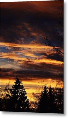 The Evening Sky Metal Print by Nikki McInnes