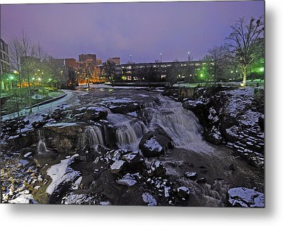 The Falls In Downtown Greenville Sc After A Light Snow Fall Metal Print by Willie Harper