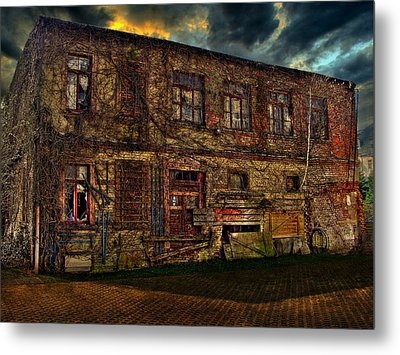 The Gardenhouse Metal Print by Heike Hultsch