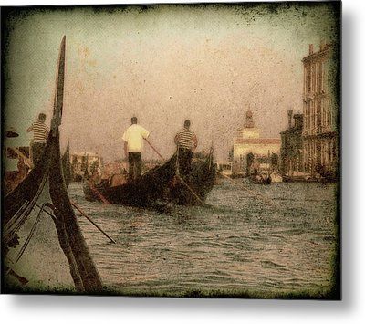 Metal Print featuring the photograph The Gondoliers by Micki Findlay