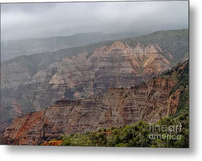 The Grand Canyon Of The Pacific Metal Print by Butch Phillips