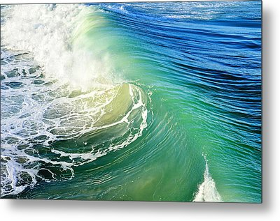 The Great Wave Metal Print by Laura Fasulo