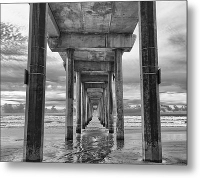 The Iconic Scripps Pier Metal Print