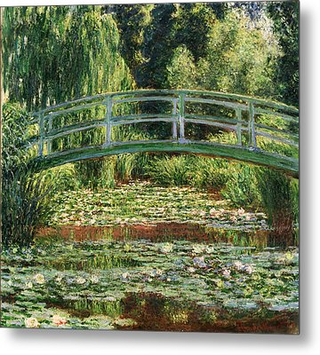 The Japanese Footbridge And The Water Lily Pool Giverny Metal Print