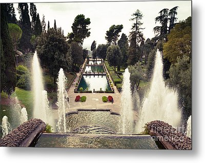 the level gardens and fish ponds at Villa d'Este gardens Tivoli Metal Print by Peter Noyce
