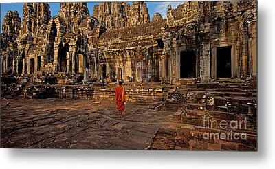 The Magical Light Of Bayon  Metal Print by Pete Reynolds