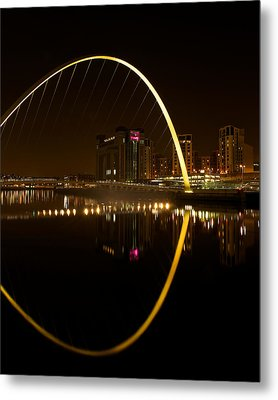 The Millenium Bridge At Night Metal Print by Stephen Taylor