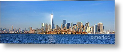 The New Manhattan Metal Print