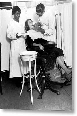 The North Harlem Dental Clinic Metal Print by Underwood Archives
