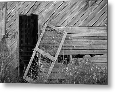 The Old Barn Metal Print by Mary Ely