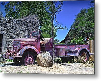 The Old Firetruck Metal Print