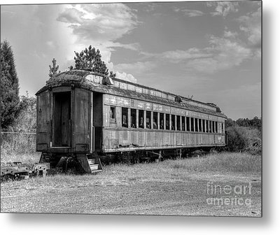 Metal Print featuring the photograph The Old Forgotten Train by Kathy Baccari