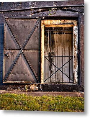 The Old Fort Gate-color Metal Print by Andrew Crispi