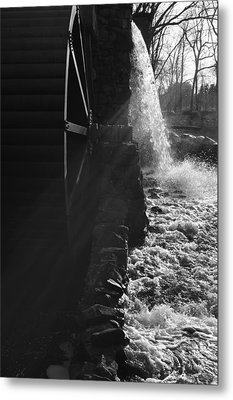 The Old Grist Mill - Black And White Metal Print by Luke Moore