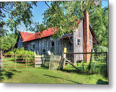 Metal Print featuring the photograph The Old Home Place by Lanita Williams