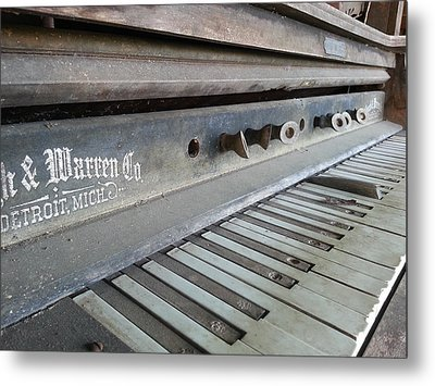 Metal Print featuring the photograph The Old Piano by Keith Hawley