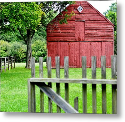 The Old Red Barn Metal Print by Laura Fasulo