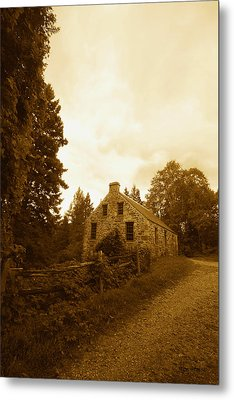 The Olde Stone Cottage Metal Print by Ron Haist