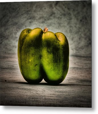 The Pepper Metal Print by Timothy Bischoff