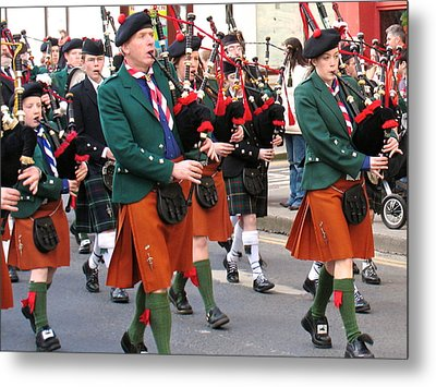 The Pipers Metal Print by Suzanne Oesterling