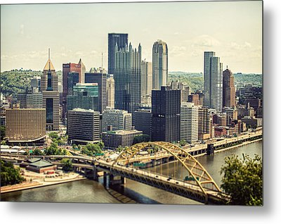 The Pittsburgh Skyline Metal Print by Lisa Russo
