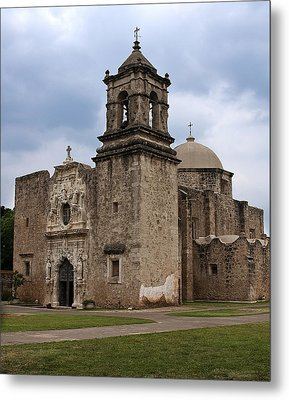 Metal Print featuring the photograph The Queen Of Missions by Andy Crawford