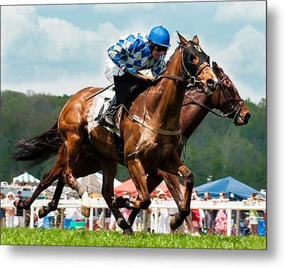 The Race Is On Metal Print by Robert L Jackson