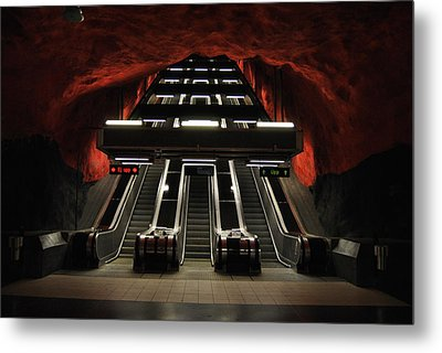 The Red Station Metal Print by Frederico Borges
