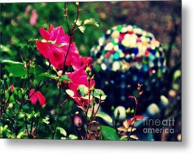 Metal Print featuring the photograph The Rose's Ball by Mindy Bench