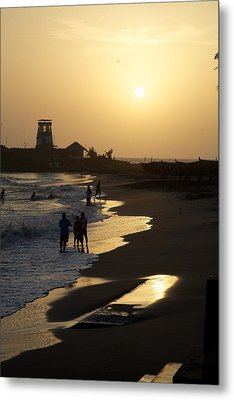 The Setting Metal Print by Lee Stickels