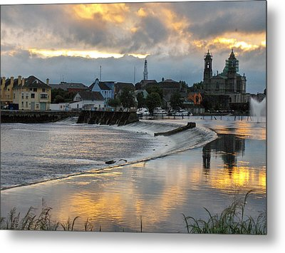 The Shannon River Metal Print by Brenda Brown