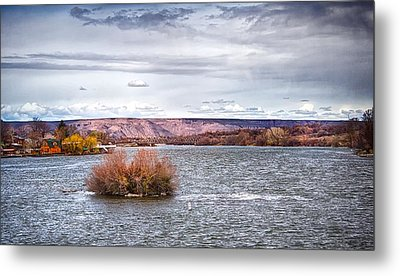 Metal Print featuring the photograph The Snake River Near Hagerman Idaho by Michael Rogers