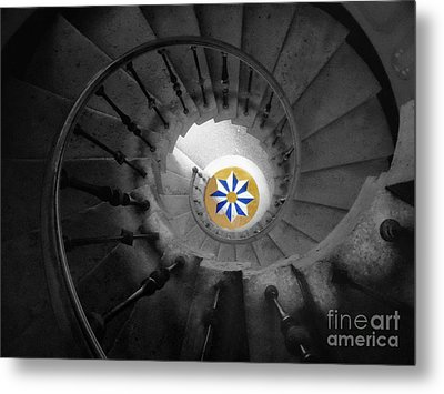 The Spiral Staircase Of Villa Vizcaya Bwcolor Metal Print by Mike Nellums