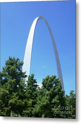 The St. Louis Arch Metal Print by Kelly Awad