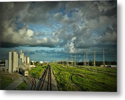 The Train Yard Metal Print by Linda Unger