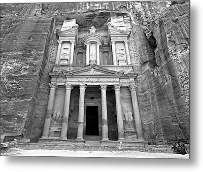 The Treasury At Petra Metal Print by Stephen Stookey