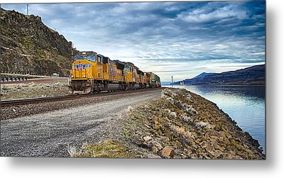 Metal Print featuring the photograph The Union Pacific Railroad Columbia River Gorge Oregon by Michael Rogers