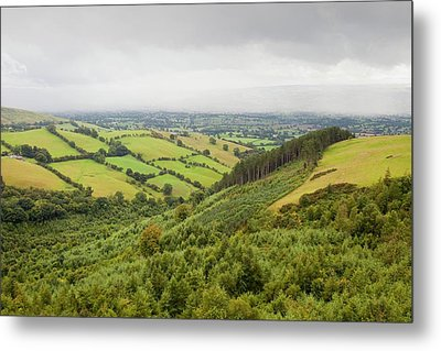 The Vale Of Clwyd Metal Print by Ashley Cooper