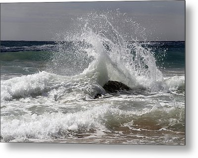 The Wave And The Rock Metal Print by Jennifer Kathleen Phillips