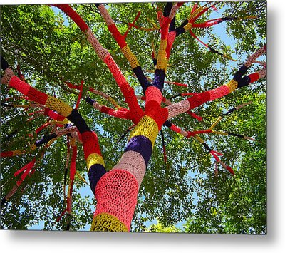 The Yarn Tree Metal Print by Dan Redmon