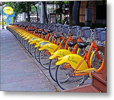 Thirty Yellow Bicycles In Taipei Metal Print by Tony Crehan