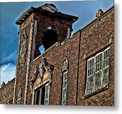 This Building Is History Metal Print by Kristie  Bonnewell