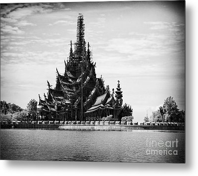 This Old Temple Metal Print by Thanh Tran