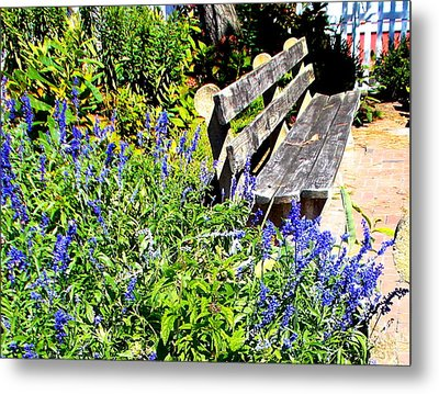 Thoughts On The Weathered Bench Metal Print by Pamela Hyde Wilson