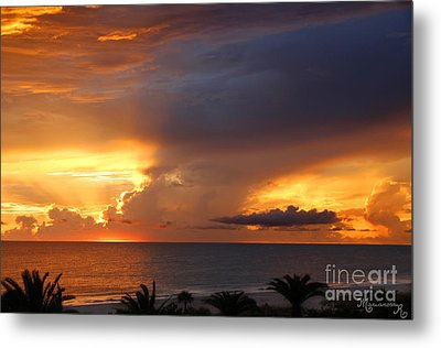 Metal Print featuring the photograph Threatening Sunset by Mariarosa Rockefeller